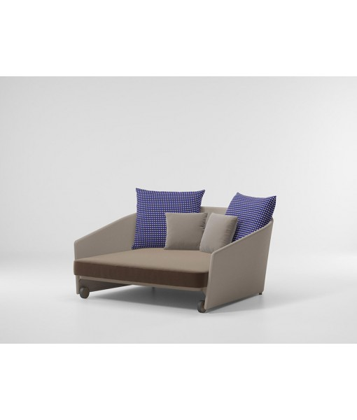 BITTA LOUNGE DAYBED LOUNGE PARALLELS
