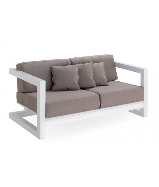 WEEKEND Sofa 2