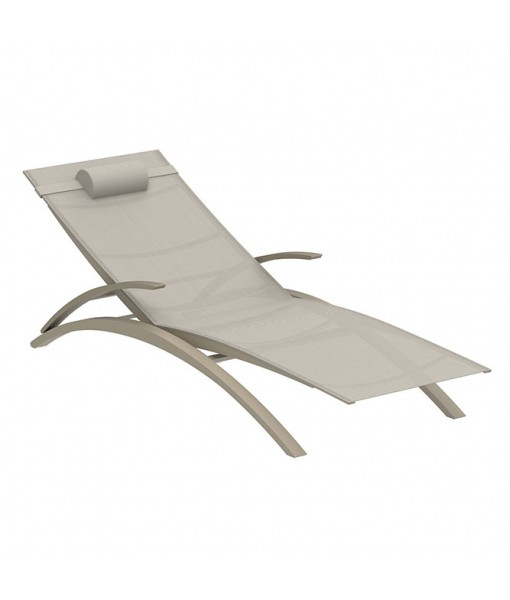 OZON STACKABLE LOUNGER SAND-BATYLINE PG